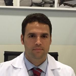 Doctor Bertrán, cirujano Huelva