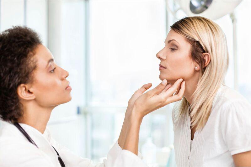 nodulo tiroideo-nodulo en la tiroides-cirugia endocrina-IOCir-ciugia en huelva-cirujanos en huelva